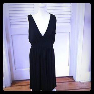 Liz Lange Black Sleeveless Maternity Dress